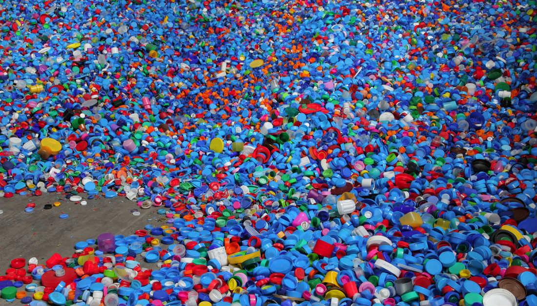 Como montar uma empresa de reciclagem de plástico?
